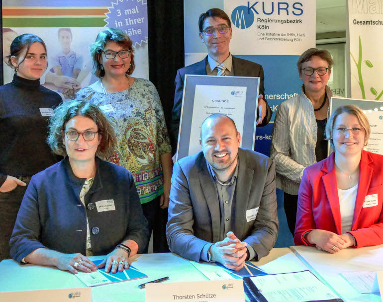Ratifizierung einer Lernpartnerchaft in Bonn