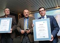(v. l. n. r.) Schulleiter Detlef Betz, IHK-Geschäftsführer Michael Sallmann, Bürgermeister Frank Helmenstein